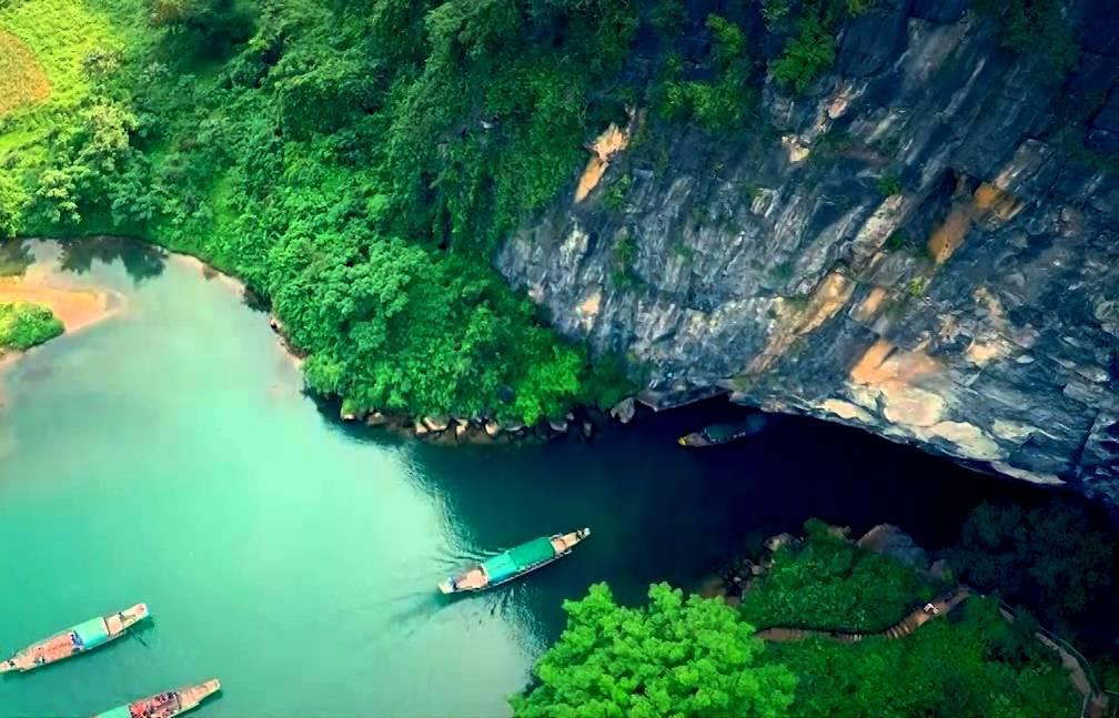 phong nha caves tour from dong hoi