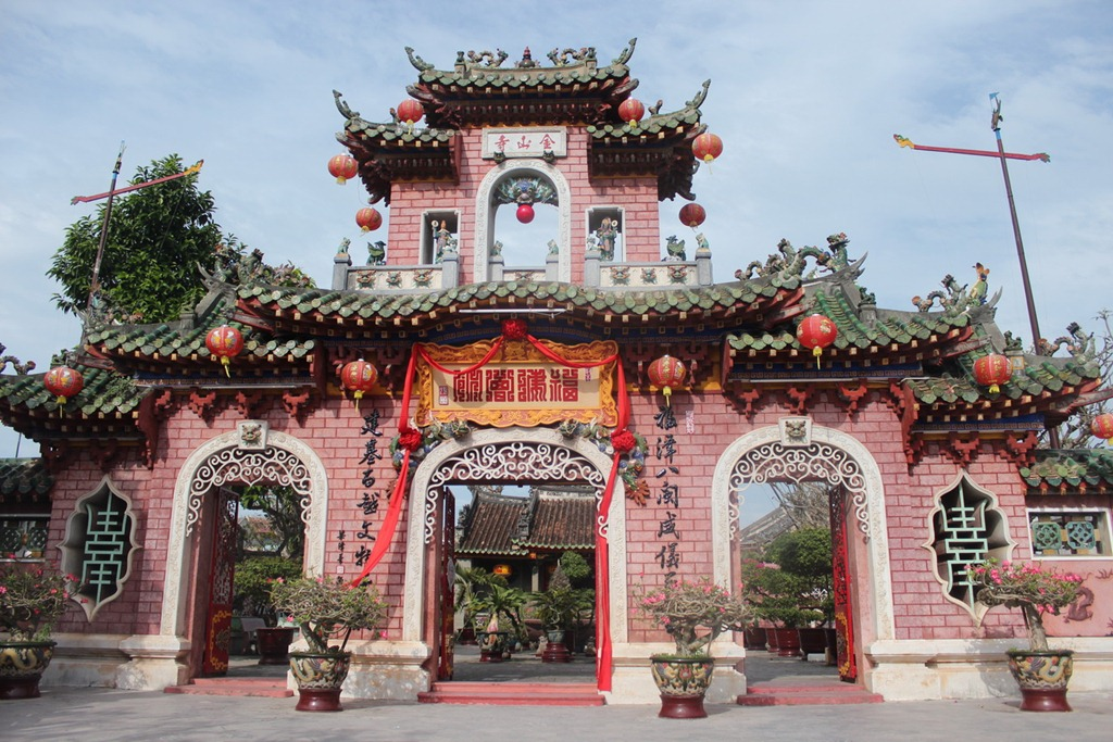 central vietnam shore excursions